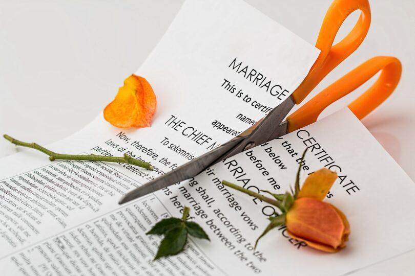 How to hide money in a divorce?